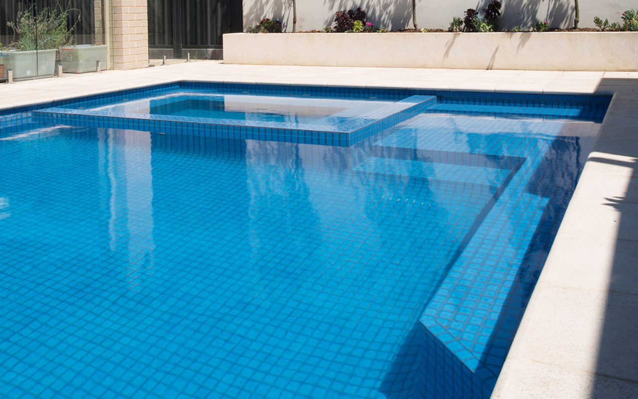 Checklist When Getting Your Own Swimming Pool